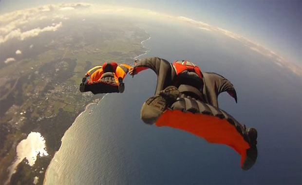 Kanatlı tulum uçuşu / Wingsuit Flying