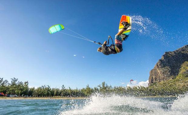 Uçurtma Sörfü / Kite Surfing