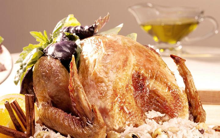 İç pilavlı tavuk dolma: Yılbaşı sofralarının alternatif tarifi