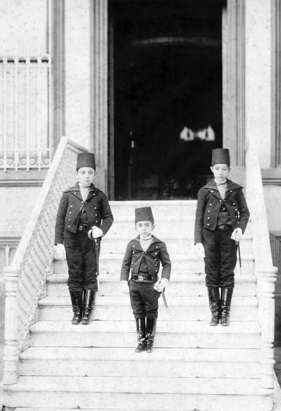 Dolmabahçe'yi bırakıp Yıldız Sarayı'na taşındı