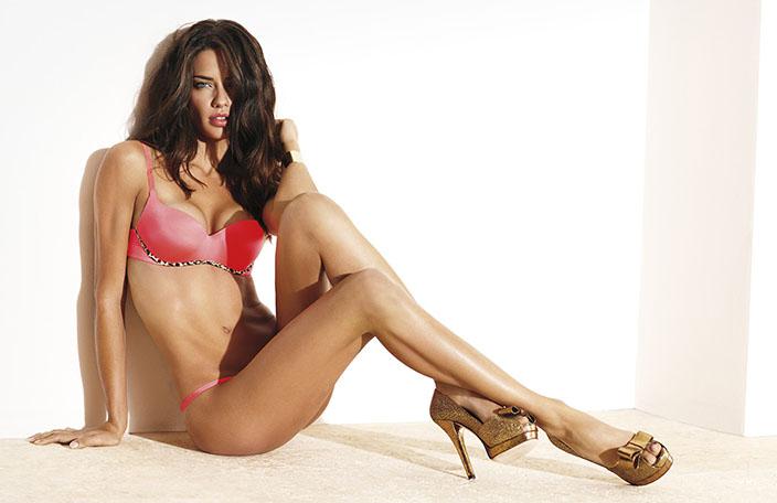 19- Adriana Lima<br /> &nbsp;