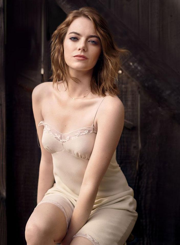 12- Emma Stone<br /> &nbsp;