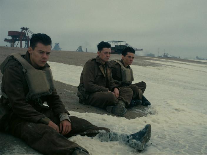 2. Film, adeta bir yıldızlar geçidi...