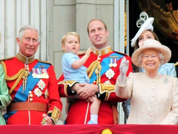 Cambridge Duku Ve Dusesi Kraliyet Prosedurunu Ihlal Etti
