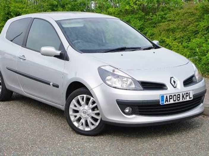 <strong>5- 2002-2007 model Renault Clio-Megane</strong>