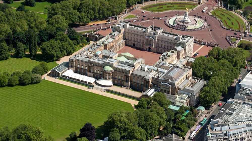 1- Buckingham Sarayı<br /> &nbsp;