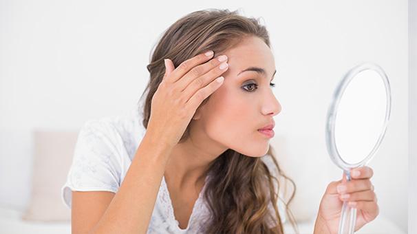 2- Gözeneklerinizi doğal bir tonik ile açın