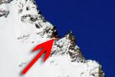 Görüntü yakınlaştıkça hayret edeceksiniz! Dağın tepesinde bir...
