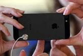 Apple'a dev darbe!   Korkudan...
