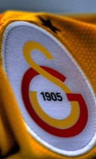 Galatasaray'a geliyordu! Takımıyla antrenmana çıktı!