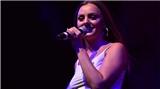 Çanakkale'de konser veren Alexandra Stan nefes kesti