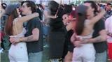Model sevgilisini öpücüklere boğdu