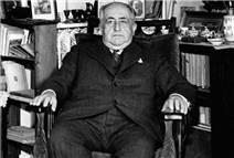 Türk romanında muhafazakâr bir devrimci
