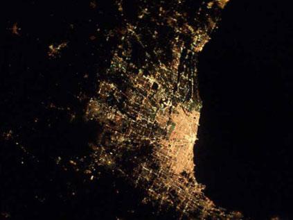 Astronotun albümünden dünya kentleri.. Fft20_mf132638