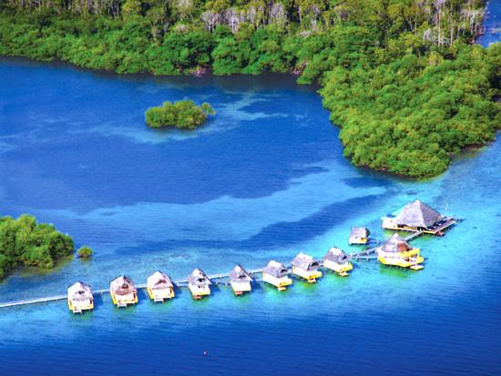 Su üstünde yüzen oteller!