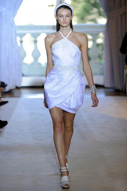 bf1563edb446f 2012 ilkbahar/yaz trendi: 'Küçük beyaz elbise'ler - Sayfa - 1 - Stil ...
