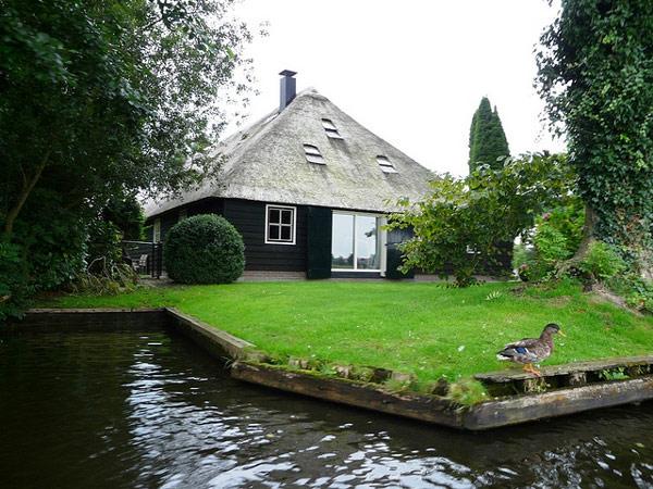 Kuzeyin Venedik'i Hollanda Giethoorn
