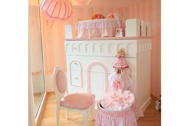Demet Akalın'ın kızı Hira'nın odası