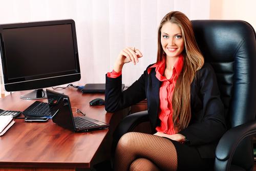 красивы офисные сотрудницы фото
