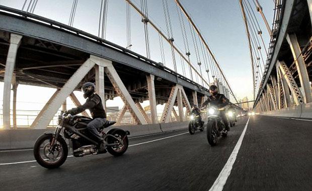 Elektrikli Harley Davidson racona 'ters' mi?