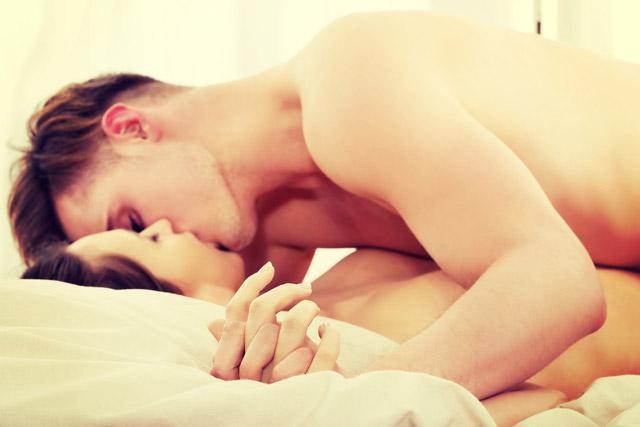 krasivie-porno-video-v-posteli