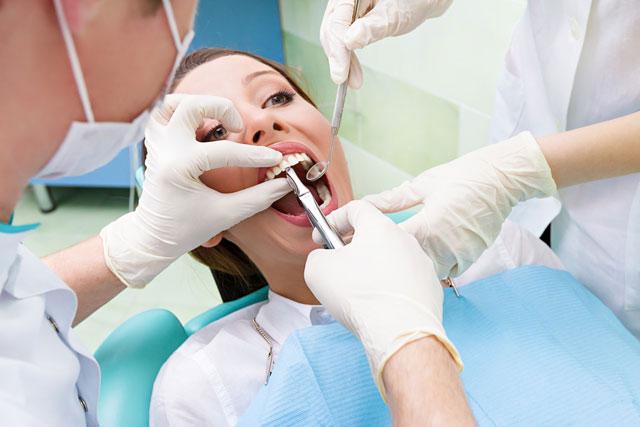 Geçmeyen diş ağrısı için 8 öneri