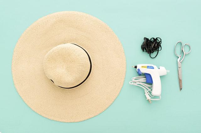 Renkli bir yaz için hasır şapka yapımı