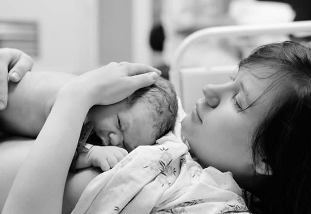 Bebeklerin gelişme geriliğinde erken doğum riskli mi?