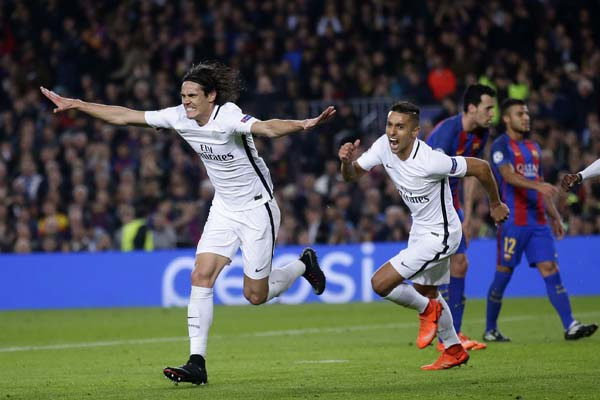Roberto injury-time winner sends nou camp into raptures.