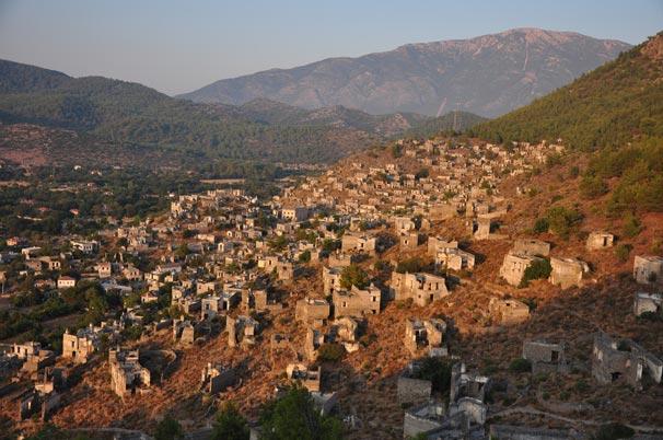Muğla'da terk edilmiş bir kent: Kayaköy