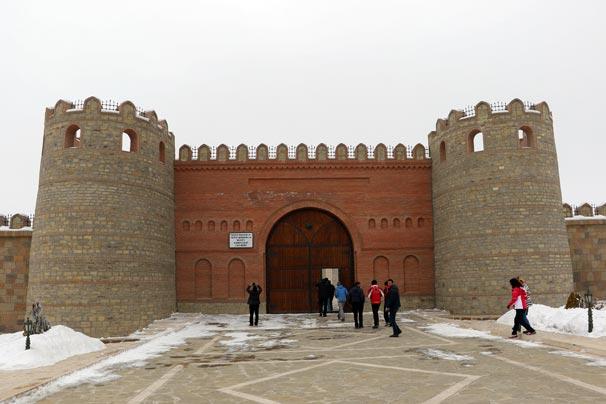Azerbaycan'ın incisi: Nahçıvan Kalesi