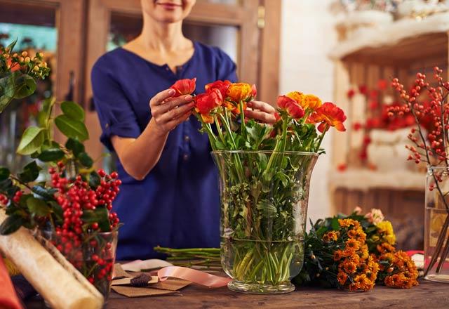 Çiçeklerinizin solmaması için yapabileceğiniz 10  şey