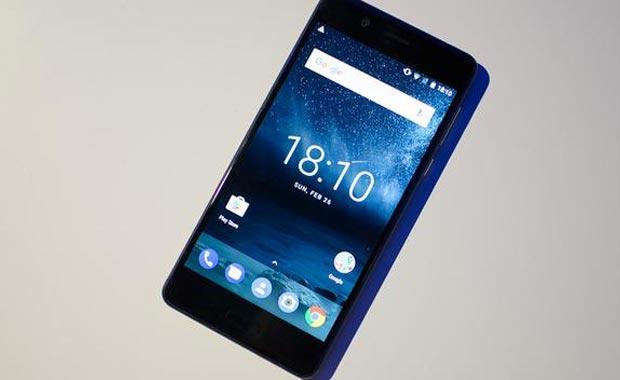 Nokia yaptı! Sonunda Türkiye'ye geliyor! Fiyatı ise...