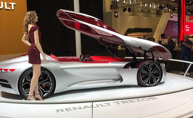 İstanbul AutoShow'da yeni Renault Koleos ve Captur'un prömiyeri yapıldı!