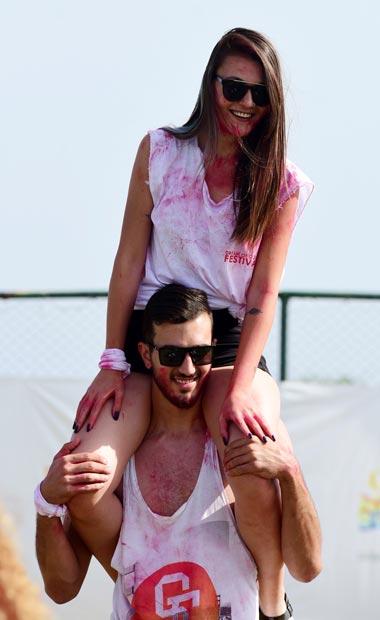 Antalya Color Fest ile renklendi
