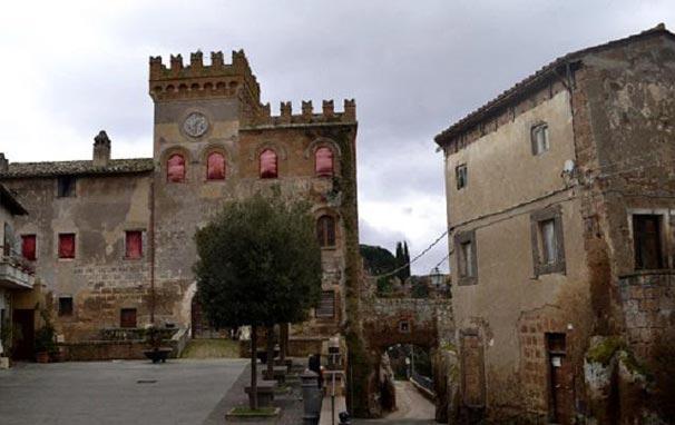 İtalya 100 kaleyi ücretsiz dağıtacak