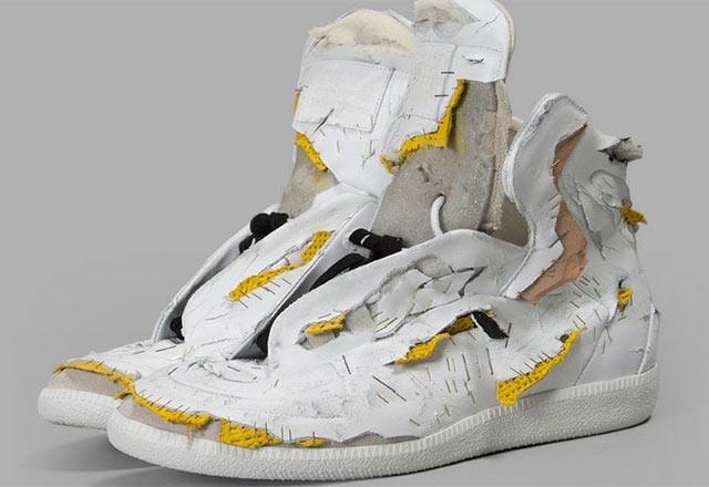 Maison Martin Margiela'dan 'Dilenci Ayakkabısı'