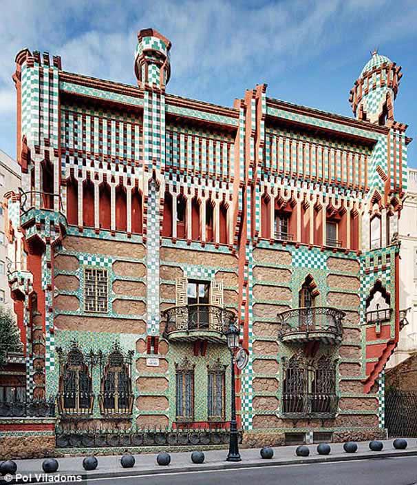 Antoni Gaudi'nin ilk eseri Casa Vicens ziyarete açılıyor