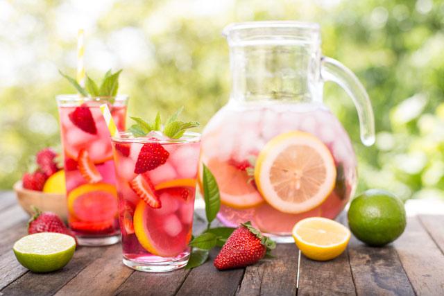 Sıcaklarda detoks içeceklerle ferahlayın