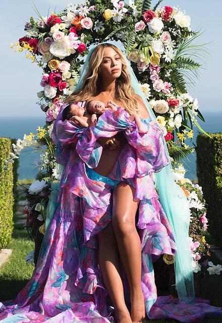 Beyonce ikizlerini dosta düşmana ilan etti