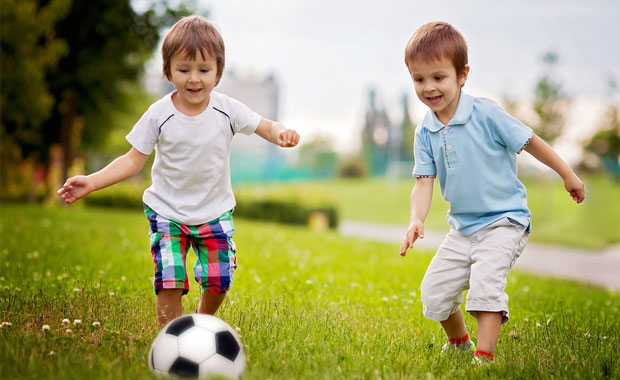 Mutlu bir çocuk yetiştirmenin 10 sırrı!