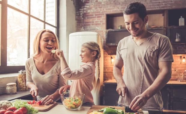 Çocuğunuza yemek yemeyi sevdirecek 7 püf noktası