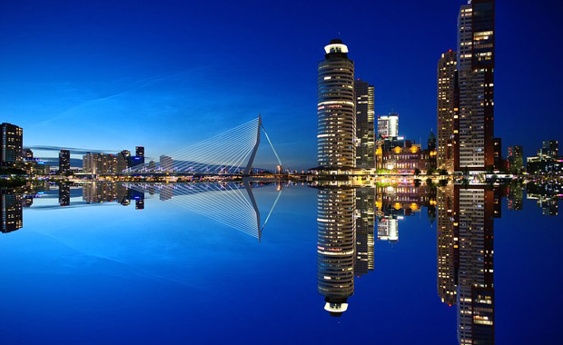Avrupa'nın en büyük limanı Rotterdam