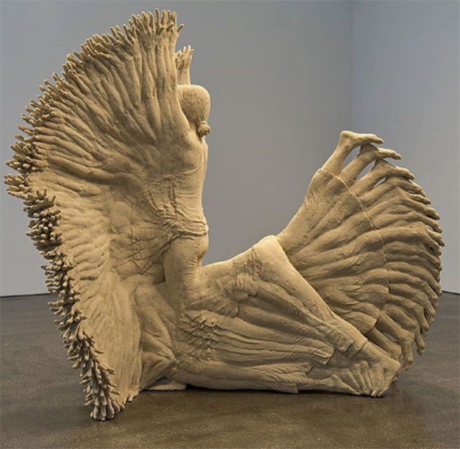 Orijinal ve cesur modern heykeller
