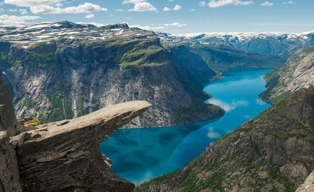 Norveç'in doğa harikası Trolltunga