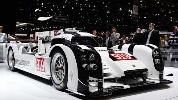 Porsche'un yeni aracı 919 Evo, F1  aracından daha hızlı!