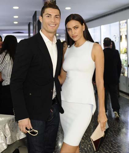 Cristiano Ronaldo Irina Shayk'a hâlâ aşık!