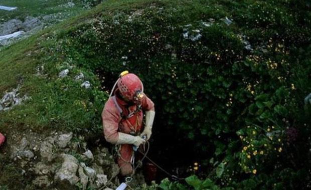 Dünyanın en derin mağarası Krubera görüntülendi