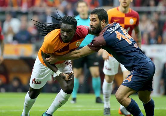 Spor yazarları Galatasaray - Başakşehir maçını değerlendirdi