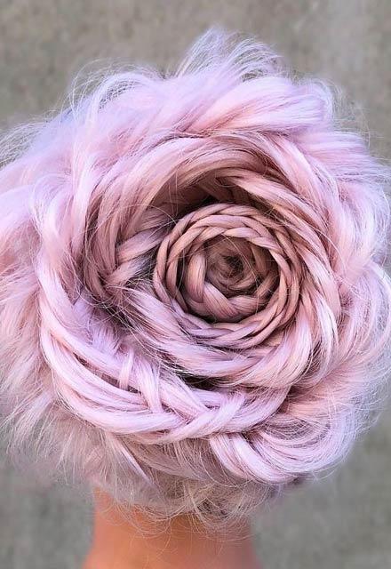 En yeni saç trendi: Örgülü gül modeli